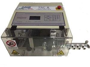 machine de coupe et denudage TSC8