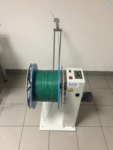 coupe denudage de cable