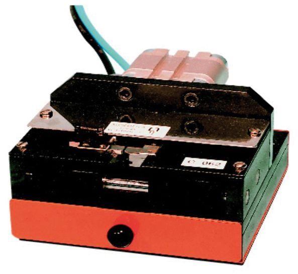 C062B Coupe, cambrage pour composant radial transistor unitaire